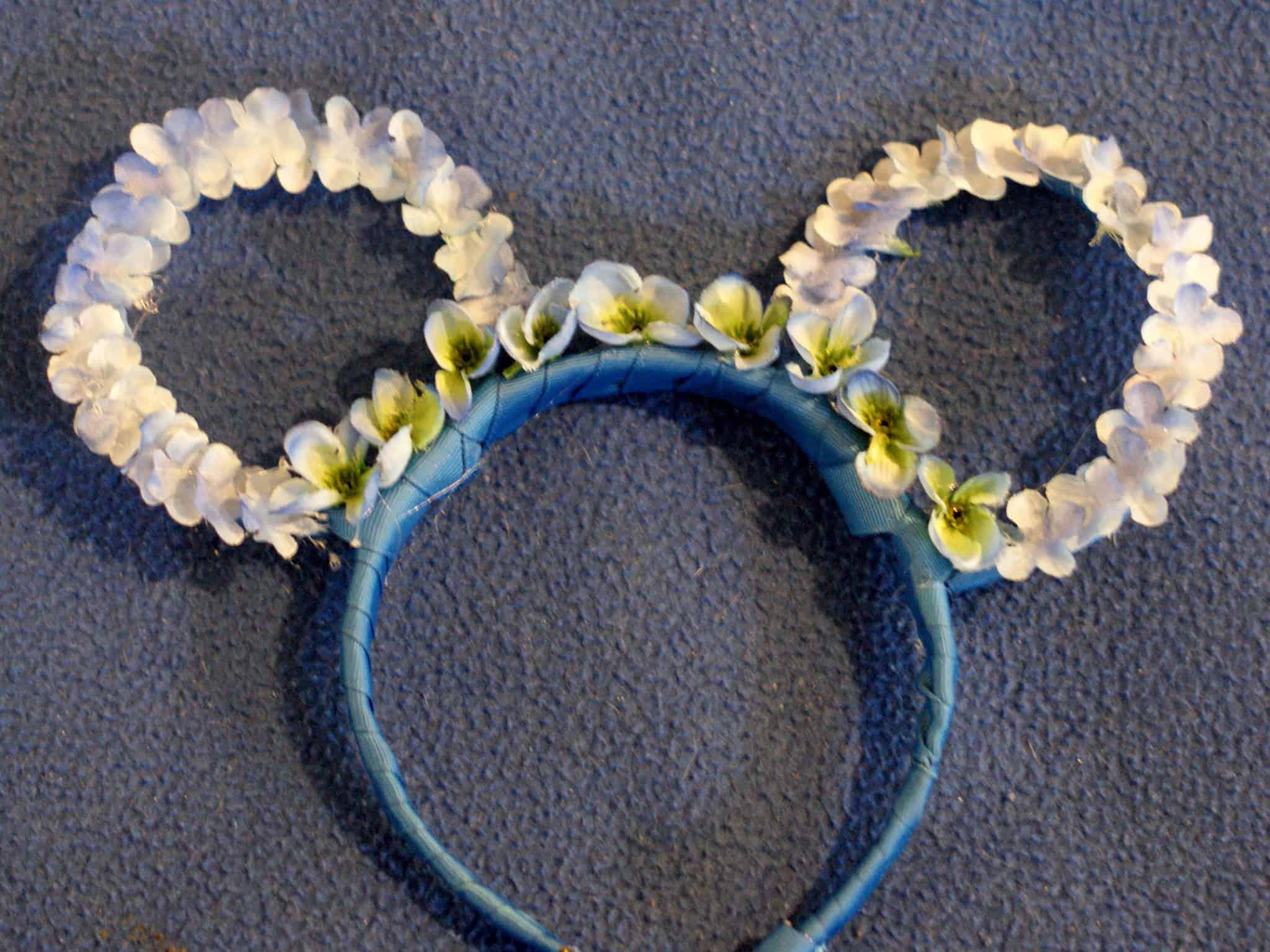 DIY Flower and Garden Mickey Ears