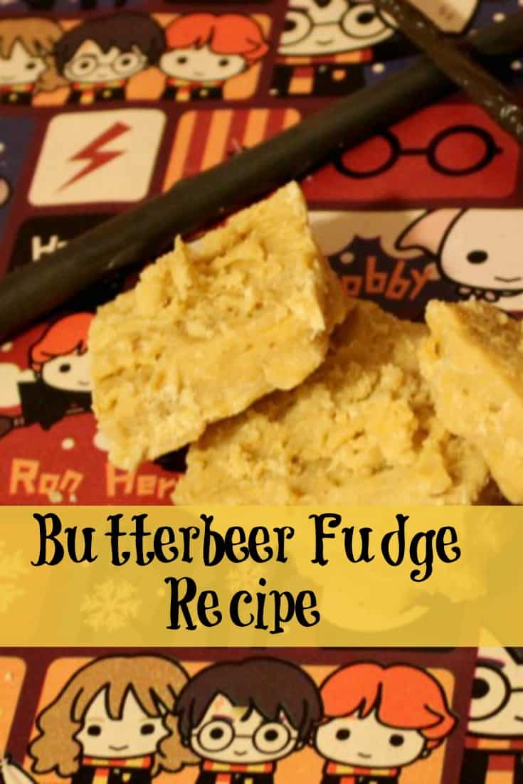 This butterbeer fudge recipe is the perfect gift for the Harry Potter fan in your house. Even better, this an easy fudge recipe you can make for gifting or to enjoy while watching the Harry Potter movies.  #Recipe #HarryPotter #HarryPotterRecipe #Dessert